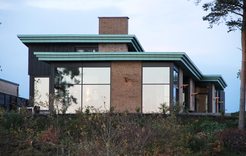 Villa ved vandkraftsøen i Holstebro
