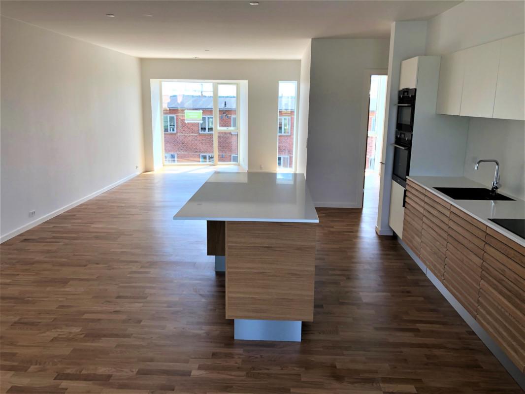 Køkken/Stue -Lejlighed TV
